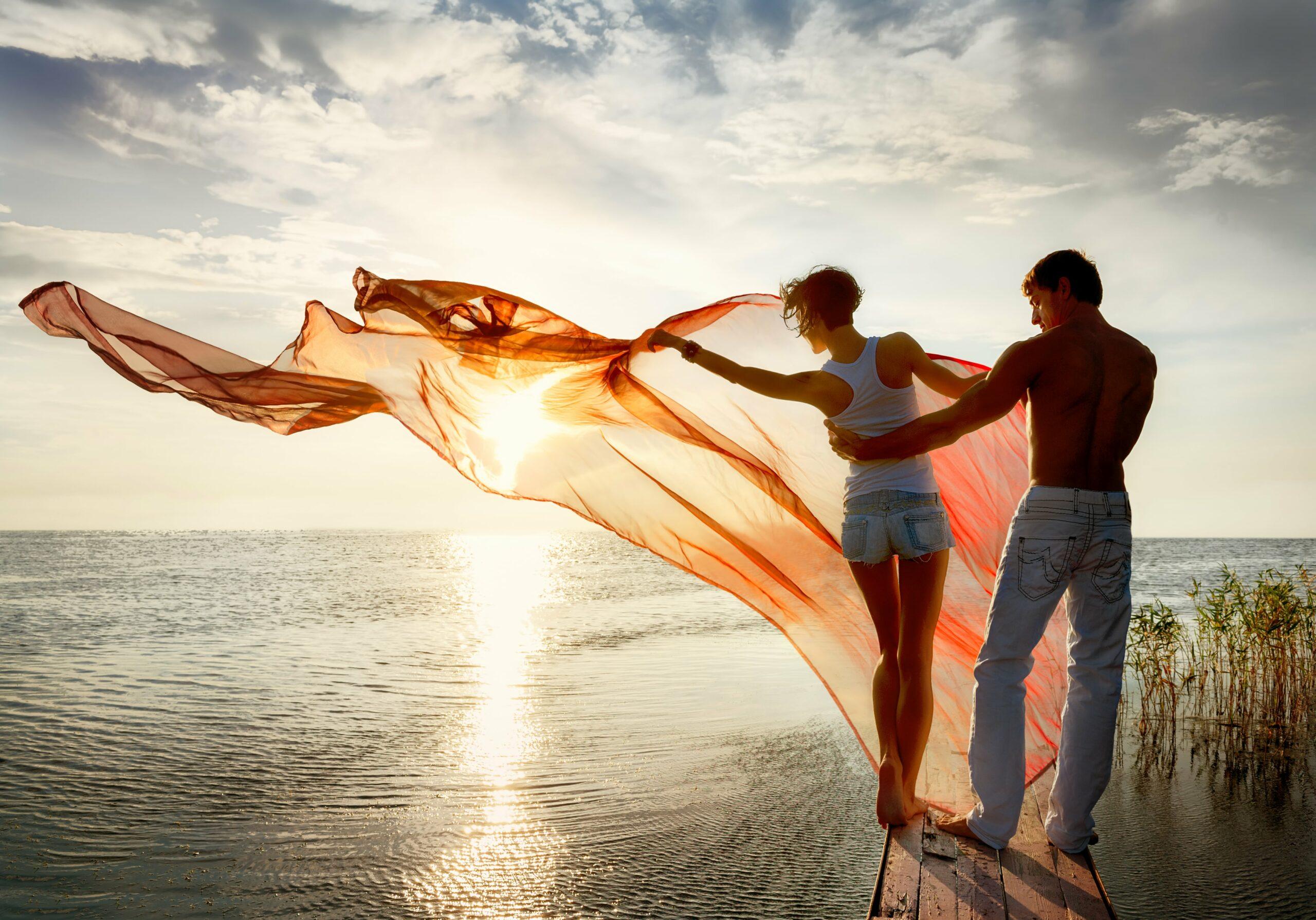 Любви знакомства море